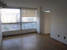 Apartamento en alquiler Juncal 1327 - Ciudad Vieja 4 ambientes 96 m² $ 30.000