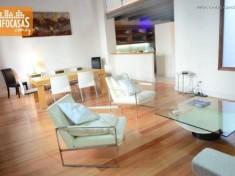 Apartamento en alquiler Sobre Peatonal Sarandì En Edificio Emblematico Totalmente Reciclado - Ciudad Vieja 4 ambientes 245 m² U$S 2.500